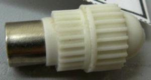 Гнездо антенное белое импортное кабельное (бочонок)