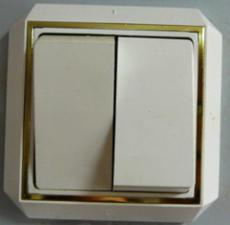 Выключатель двойной закр пр позол (С56-040)