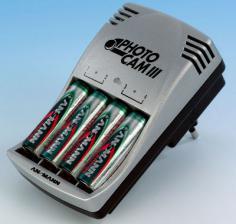 Зарядное устройство ANSMANN PotoCam III +4 ААA 950